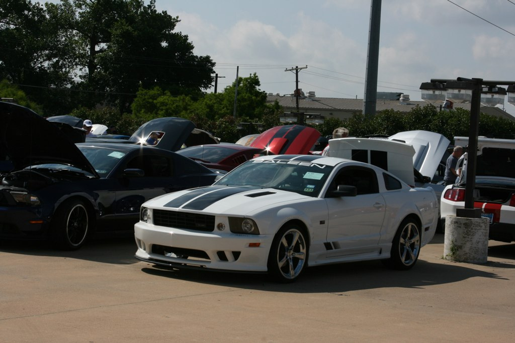 Five Star Ford Plano >> SAM PACK FIVE STAR FORD CAR SHOW   Saleen Owners and ...