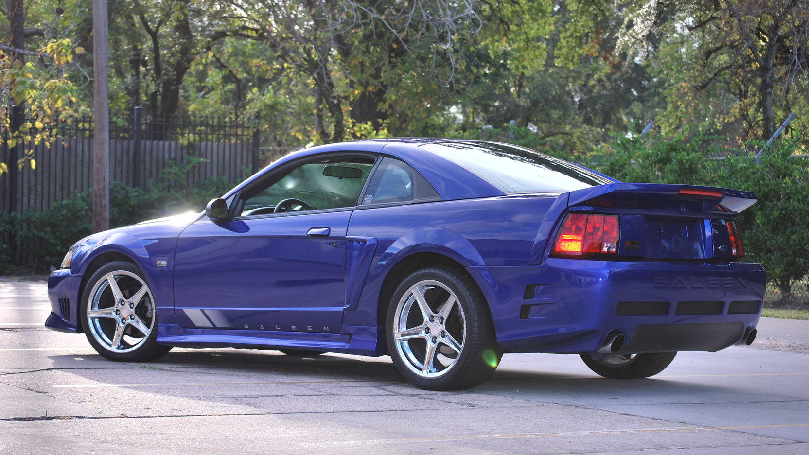 saleen mustang for autos post. Black Bedroom Furniture Sets. Home Design Ideas