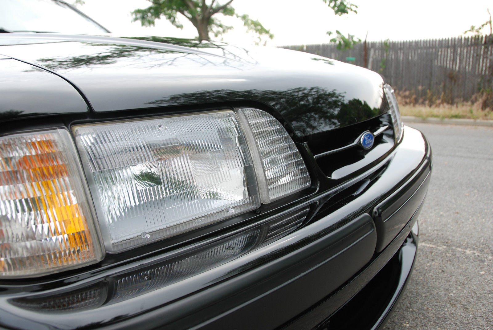 1988 Hatchback 88 0481 Offered On Ebay Saleen Owners And Mustang Fog Lights