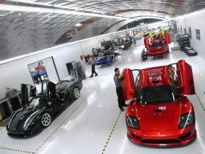 Series production of the S7 took place completely on the Irvine, Calif. S7 assembly line. Saleen Mustang production is just visible in the background.